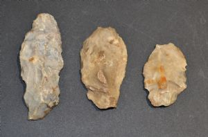 An interesting group of 3 x Neolithic flint tools, found Holbury, Hampshire, May 1916. SOLD